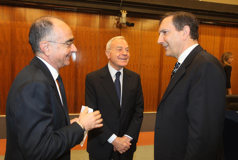 Gianni Letta e Luigi Gubitosi in RAI nel 2015 per una conferenza stampa del Premio Biagio Agnes. È una delle rare occasioni in cui Letta è stato in RAI