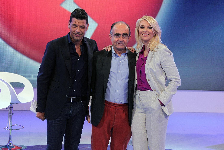 Salvo Sottile e Eleonora Daniele hanno condotto Estate in diretta con successo. Bravissimi entrambi, si contendevano i minuti di trasmissione. Succede soprattutto ai cavalli di razza.