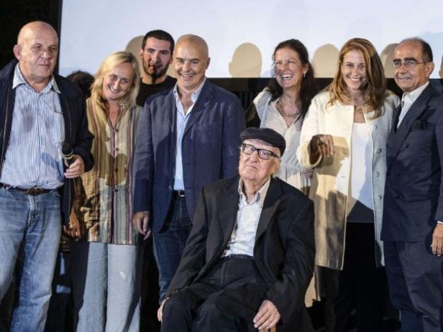 La festa a Roma per i 90 anni di Andrea Camilleri