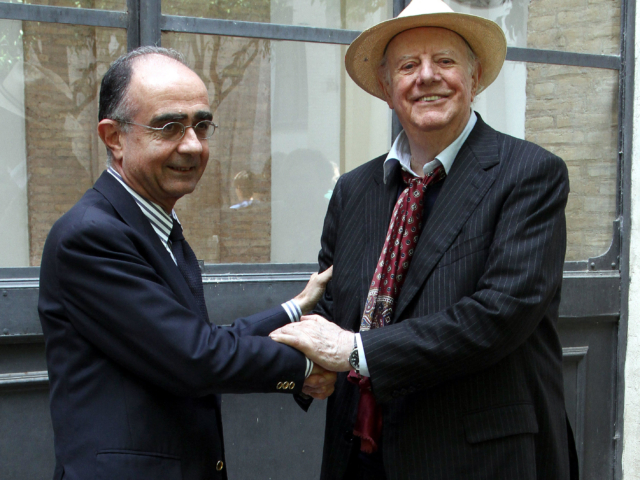 """Dario Fo ha realizzato con Rai1 le sue ultime grandi opere. Il premio Nobel ha scritto e interpretato """"Francesco Lu Santo Jullare"""" (2014) e """"Callas"""" (2015): dopo anni di confino dalla tv, hanno segnato il suo ritorno in prima serata sulla rete ammiraglia."""